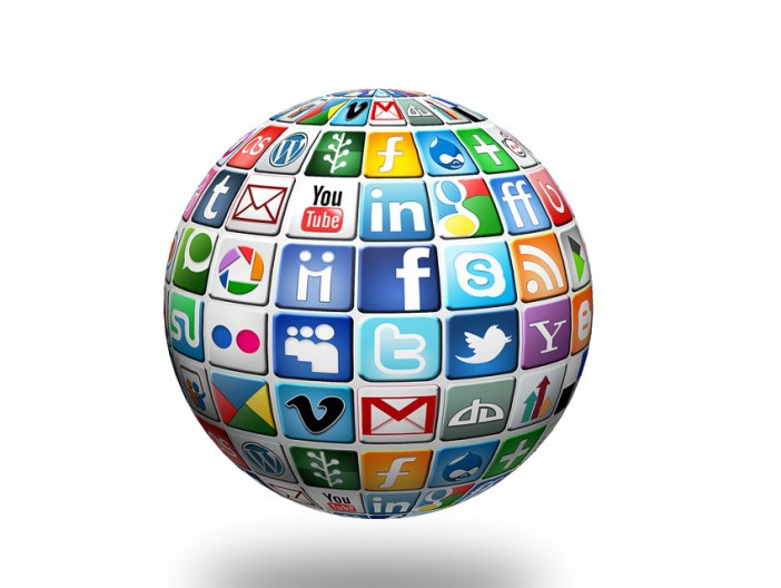 Mexicanos utilizan las redes sociales como principal fuente de consulta